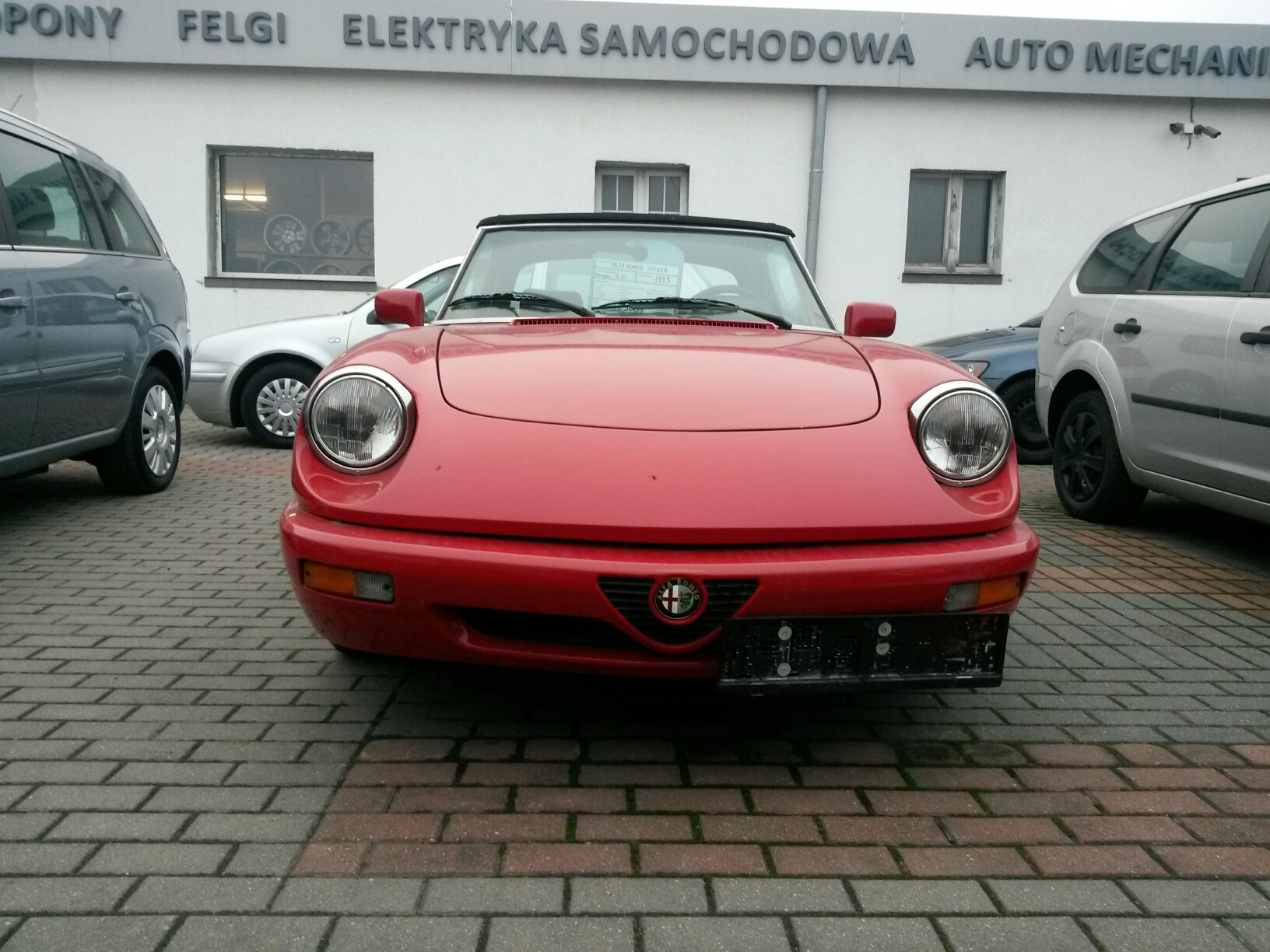 carspotting z komisu xd alfa romeo spider pogop. Black Bedroom Furniture Sets. Home Design Ideas